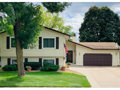2717 77th Boulevard N Brooklyn Park, MN MLS# 5655601