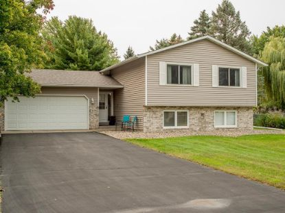 16396 Finch Way W Lakeville, MN MLS# 5659406