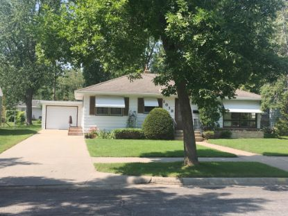 1019 27th Avenue N Saint Cloud, MN MLS# 5659742