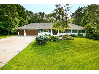 26305 Edgewood Road Shorewood, MN MLS# 5659798