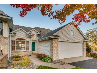 16303 Crystal Hills Drive Lakeville, MN MLS# 5671366