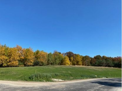 xxxx Edenmore Drive NW Rochester, MN MLS# 5671956