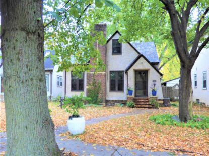613 E Minnehaha Parkway Minneapolis, MN MLS# 5682628