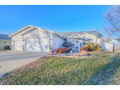 402 Forest Heights Drive North Mankato, MN MLS# 5690120