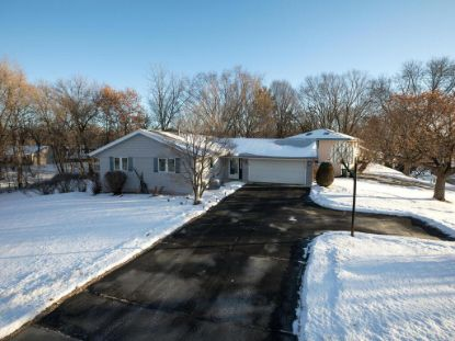 3100 Country Wood Drive Burnsville, MN MLS# 5699182
