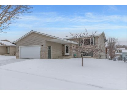 2746 Knollwood Drive SE Rochester, MN MLS# 5703142