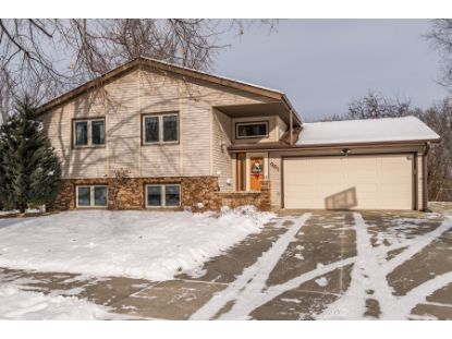 961 Chalet Drive NW Rochester, MN MLS# 5703423