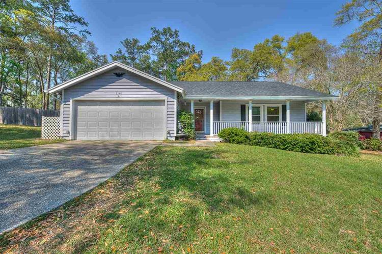 2348 Royal Oaks, Tallahassee, FL 32309