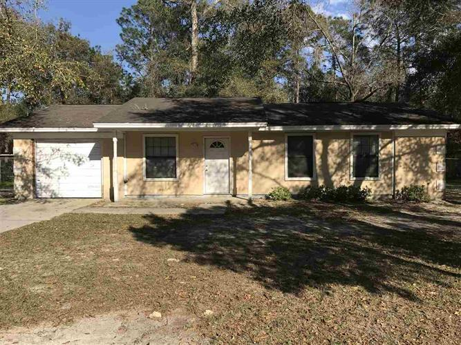 8492 Southern Park, Tallahassee, FL 32305