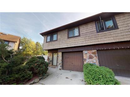 18 Sutton Place Staten Island, NY MLS# 433744