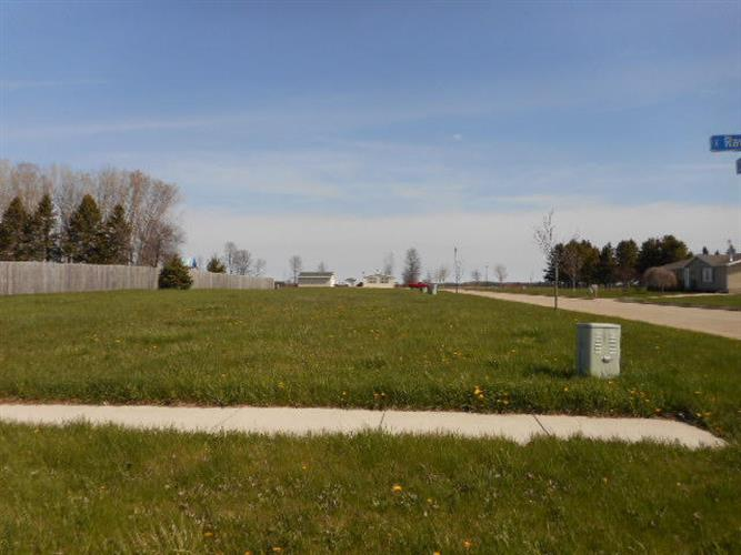 Lot 2B Zimmer DR, Manitowoc, WI 54220