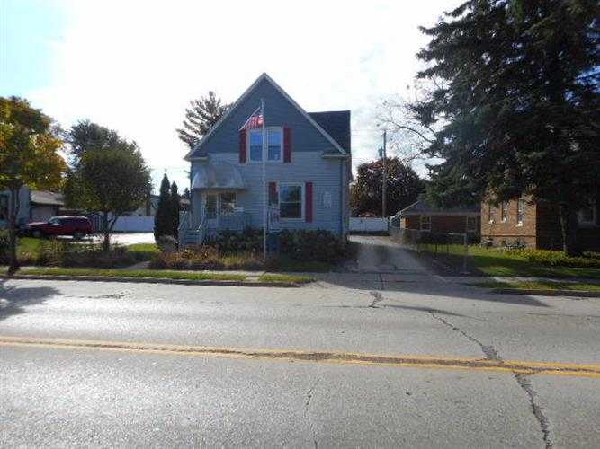 407 E Main St, Waterford, WI 53185