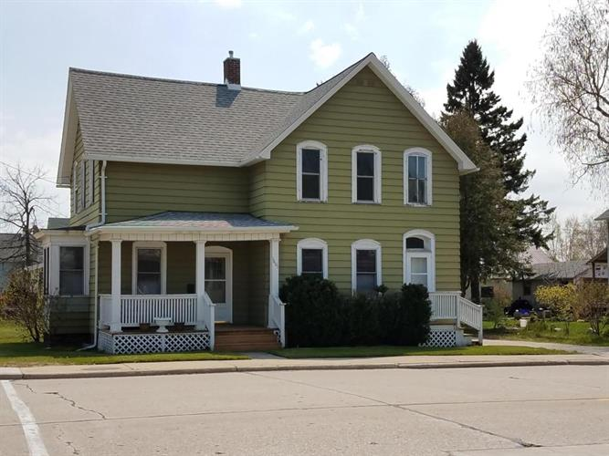 1601 22nd St., Two Rivers, WI 54241