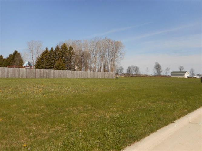 Lot 3 Zimmer DR, Manitowoc, WI 54220