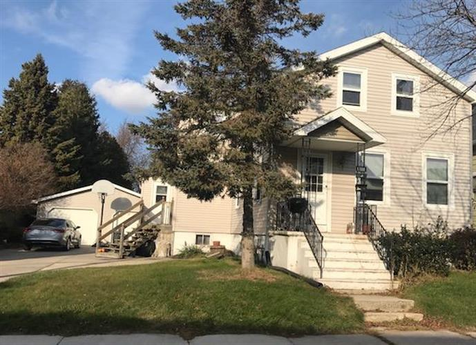 1708 18th ST, Two Rivers, WI 54241
