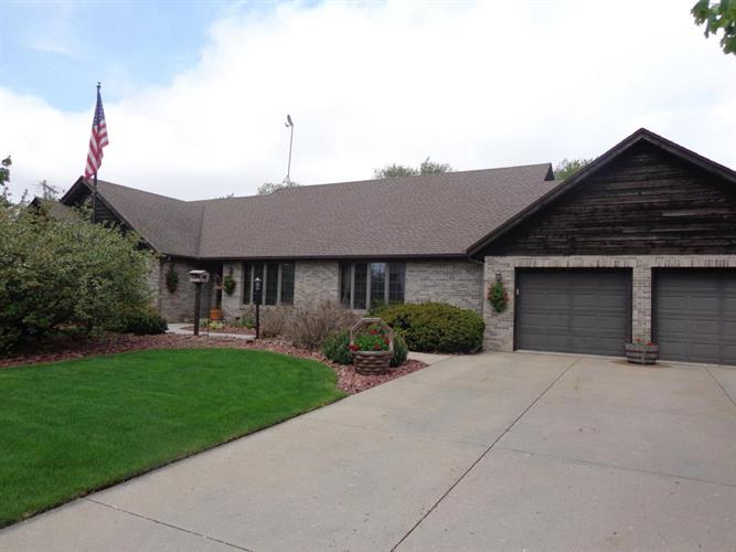 1694 Turtle Mound Ln, Whitewater, WI 53190 - Image 1