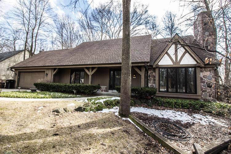 5253 W Woodland DR, Brown Deer, WI 53223