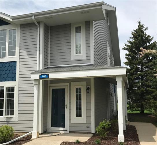 708 Geneva National Ave, Lake Geneva, WI 53147