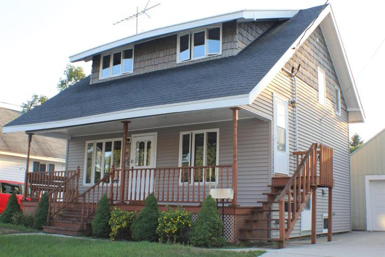 2014 Garfield St, Two Rivers, WI 54241
