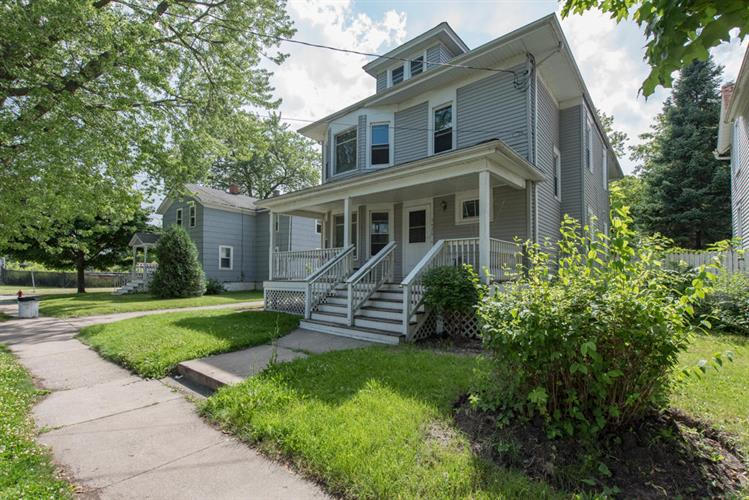 5426 16th Ave, Kenosha, WI 53140