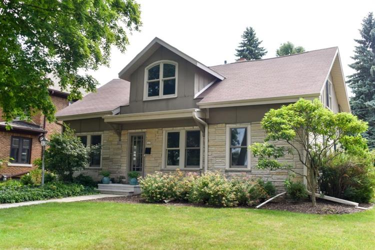 325 E Day AVE, Whitefish Bay, WI 53217