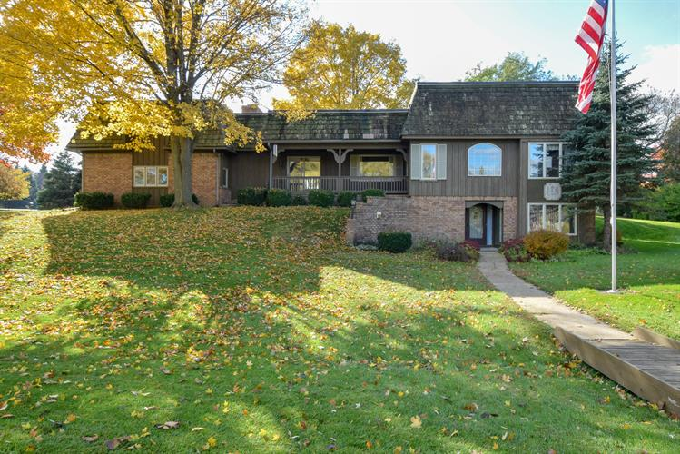 3225 Orion Cir, Racine, WI 53406 - Image 1