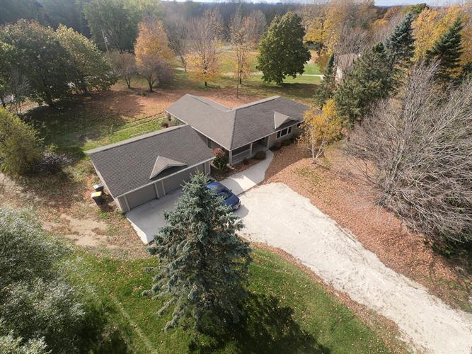 791 State Road 33, West Bend, WI 53095