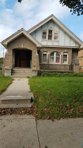 4321 N 28th St, Milwaukee, WI 53216