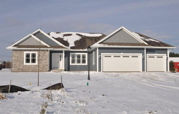 S88W18272 Edgewater Heights Way, Muskego, WI 53150 - Image 1