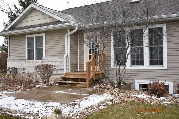 1277 E Bluff Rd, Whitewater, WI 53190 - Image 1
