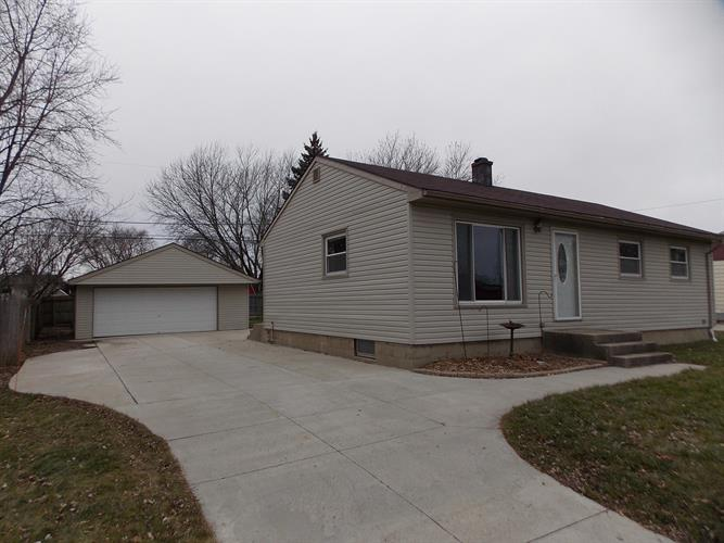 212 14th Ave South Milwaukee Wi 53172 For Sale Mls 1618788