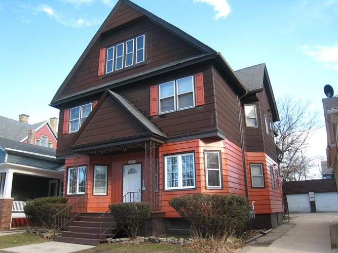 909 College Ave, Racine, WI 53403 - Image 1
