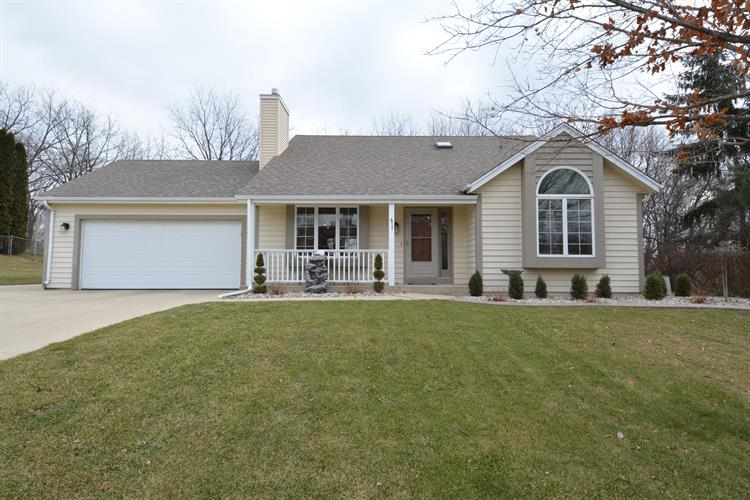 411 Red Coat Ct, Waterford, WI 53185 - Image 1