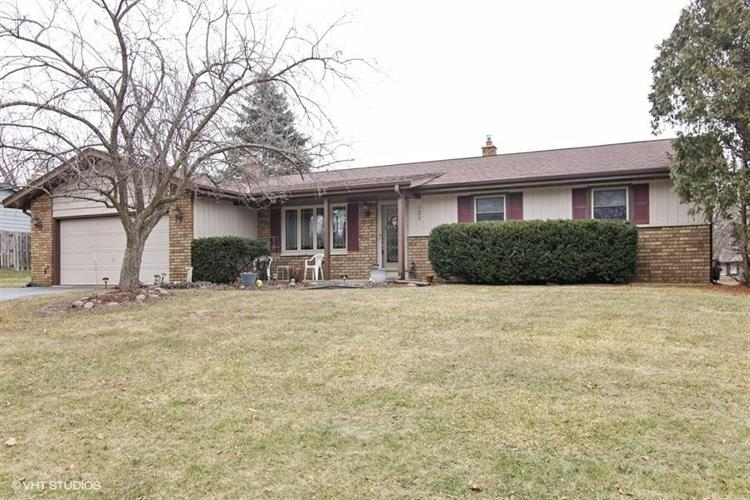 609 Cambridge Ave, Waukesha, WI 53188 - Image 1