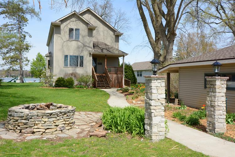 W914 Shorewood Dr, East Troy, WI 53120 - Image 1