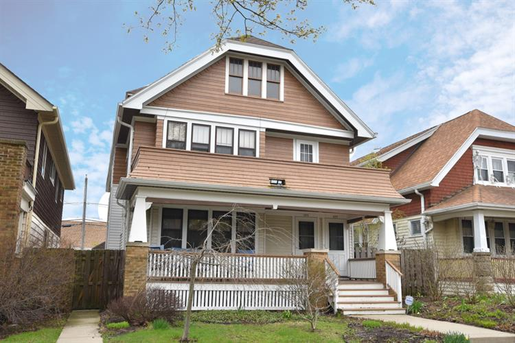 923 E Townsend St, Milwaukee, WI 53212 - Image 1