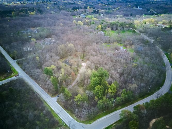 1745 W Dean Rd, River Hills, WI 53217 - Image 1