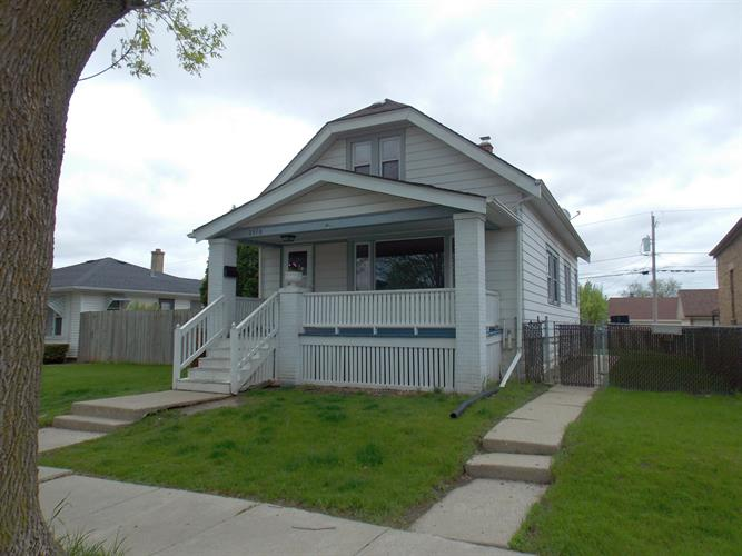 2370 S 62nd St, West Allis, WI 53219 - Image 1