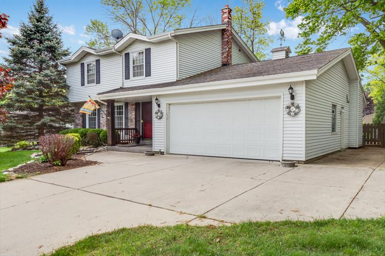 13305 W Graham St, New Berlin, WI 53151 - Image 1