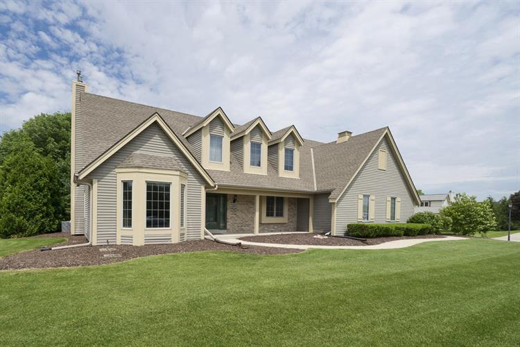 1005 S Springdale Rd, Waukesha, WI 53186 - Image 1