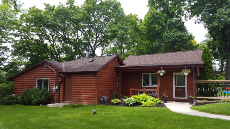 6225 S Linnie Lac Pl, New Berlin, WI 53146 - Image 1