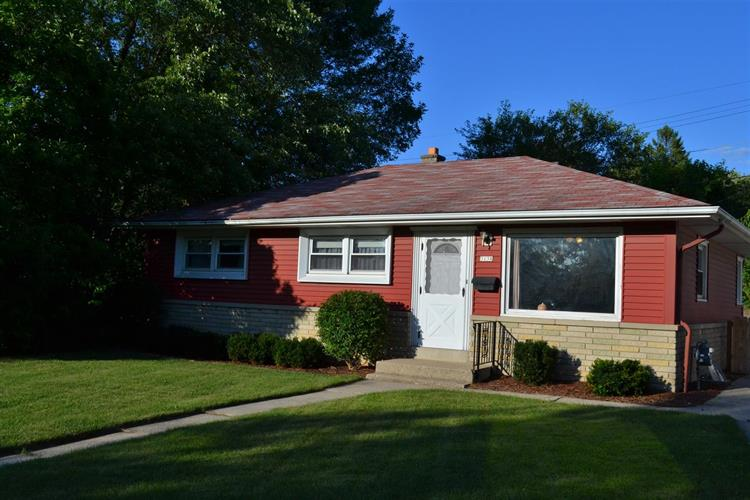 3138 S 67th Ct, Milwaukee, WI 53219 - Image 1