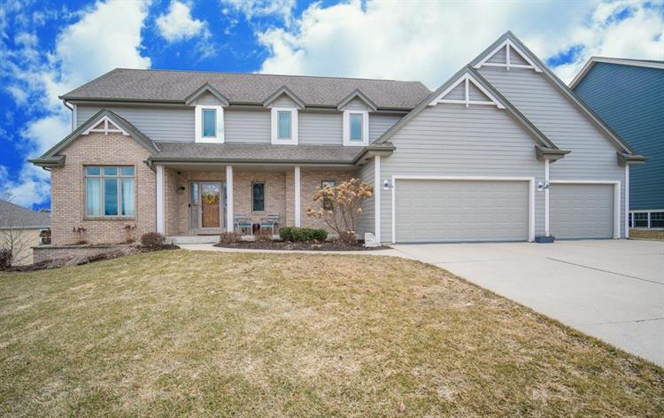 1773 Valley Dr, Grafton, WI 53024 - Image 1
