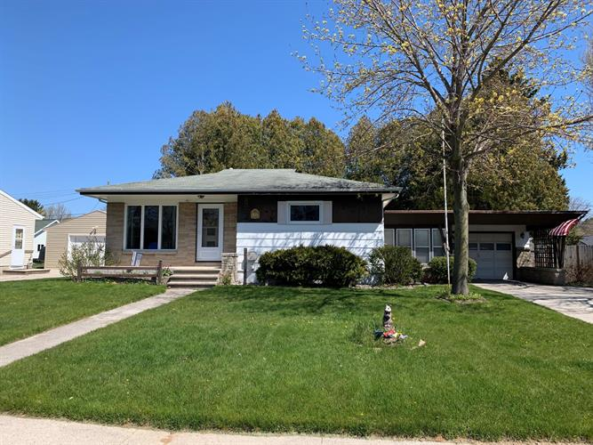 2316 37th St, Two Rivers, WI 54241 - Image 1