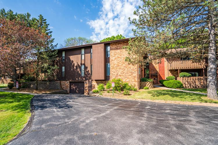7007 N Green Bay Ave, Glendale, WI 53209 - Image 1