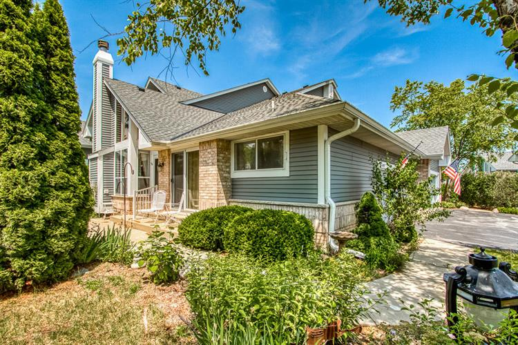 14198 W Waterford Square Dr, New Berlin, WI 53151 - Image 1