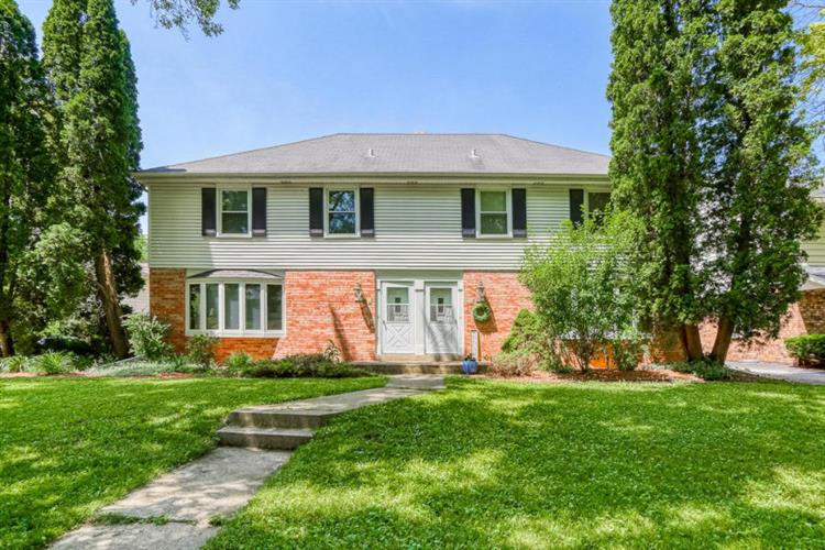1105 N 118th St, Wauwatosa, WI 53226 - Image 1