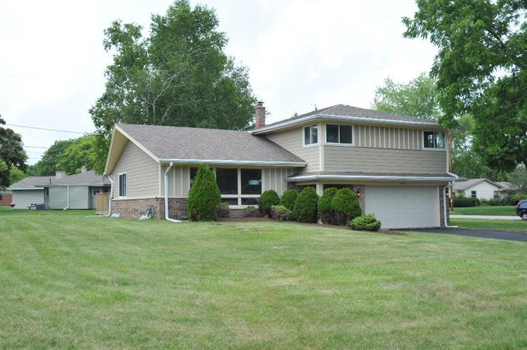 9393 N 60th St, Brown Deer, WI 53223 - Image 1