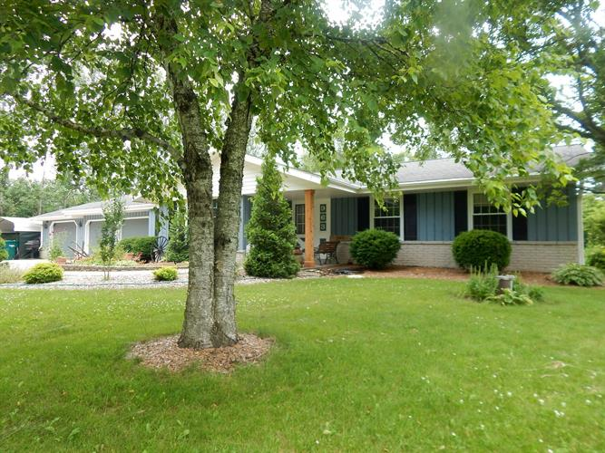 963 Lakefield Rd, Grafton, WI 53024 - Image 1