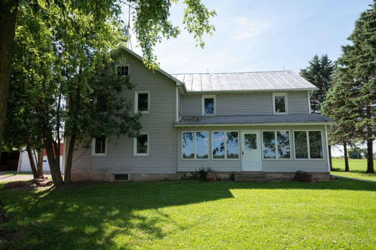 N10275 Dairy Rd, Mayville, WI 53050 - Image 1